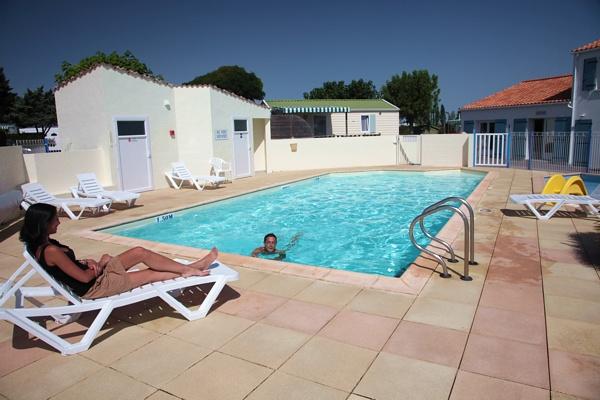 Camping avec piscine chauff e saint jean de monts - Camping saint jean pied de port avec piscine ...